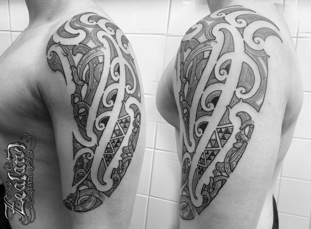 43ff081e2 Download Free Colorful Tribal Maori Upper Arm Tattoo to use and
